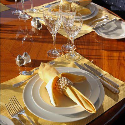 Capri I Yacht Table Set