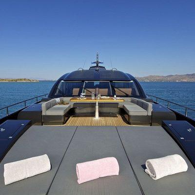 O'Pati Yacht Foredeck - Sunpads