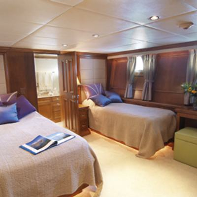 Inspiration Yacht Twin Stateroom