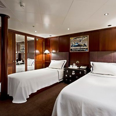 Force Blue Yacht Twin Stateroom