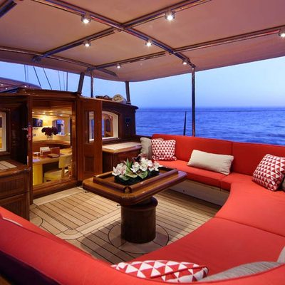 Marie Yacht Private Deckhouse