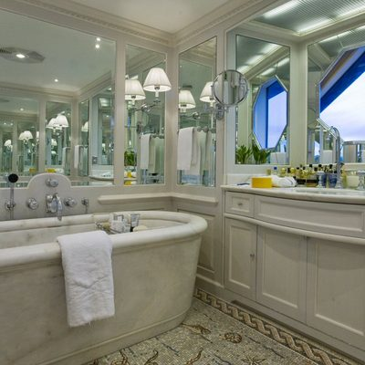 Virginian Yacht Master Bathroom
