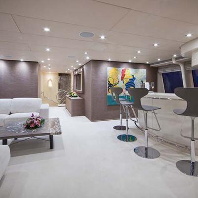 Daloli Yacht Bar