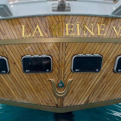 La Reine Yacht