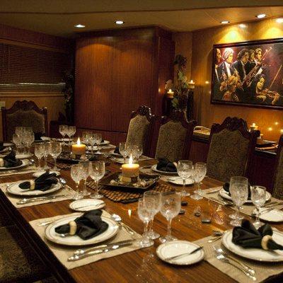 Le Montrachet Yacht Dining Table