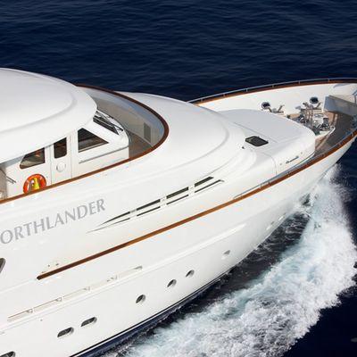 Northlander Yacht Running Shot - Close