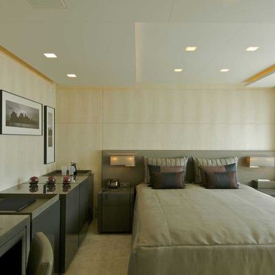 Siren Yacht Guest Stateroom
