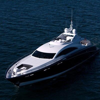 Quantum Yacht Front View