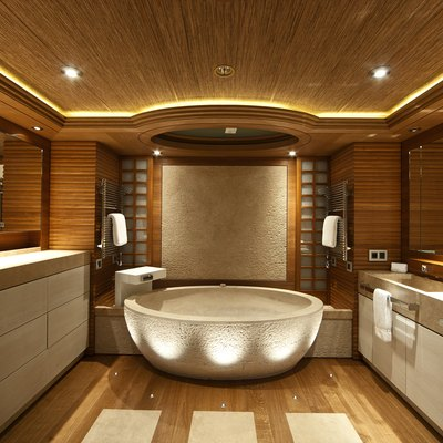 Naia Yacht Master Bathroom