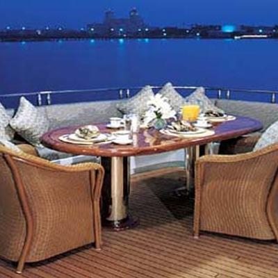 Attitude Yacht Aft Deck Dining