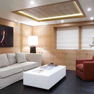 Spirit Yacht Master Stateroom - Salon