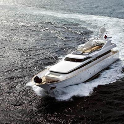 Mabrouk Yacht Running Shot - Turn
