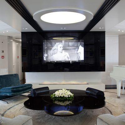 Quite Essential Yacht Salon - Screen