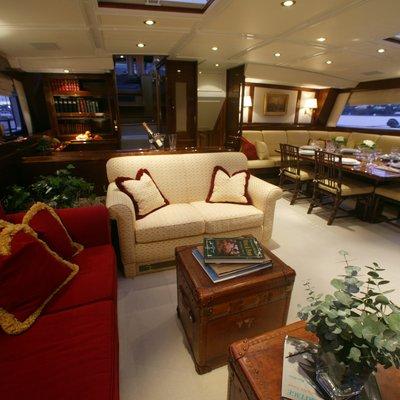Freedom Yacht Main Salon