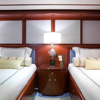 Just Enough Yacht Twin Stateroom