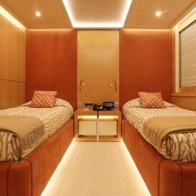 DB9 Yacht Twin Stateroom