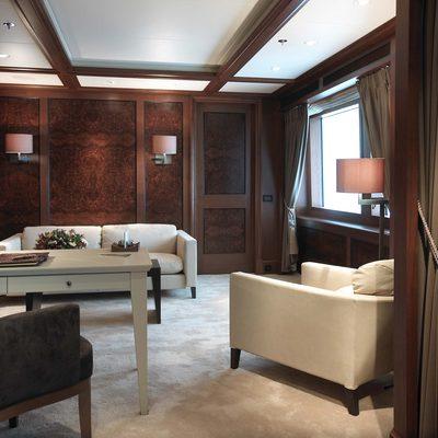 Utopia Yacht Salon - Side View