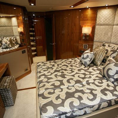No.9 of London Yacht