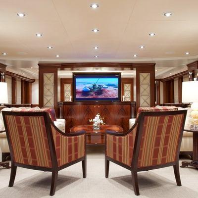 Avalon Yacht Main Salon - Screen