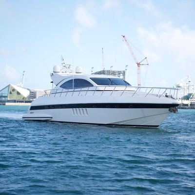 YCM Yacht
