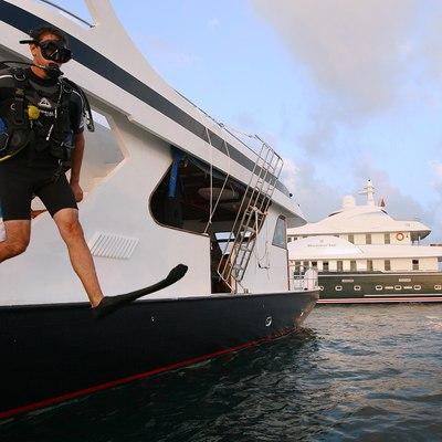 Dhaainkan'baa Yacht Scuba Diving