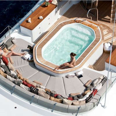 April Yacht Jacuzzi and sunpads