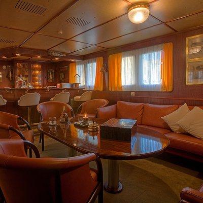 Sanssouci Star Yacht Saloon Seating
