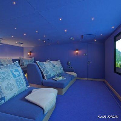 Huntress Yacht Cinema