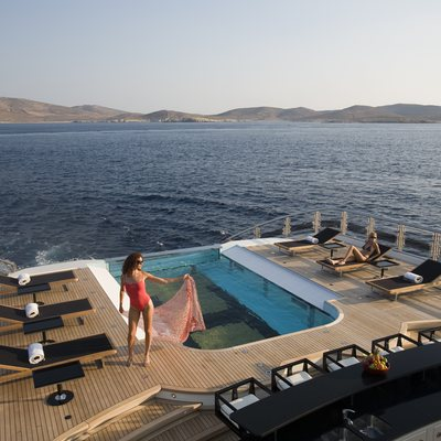 Alfa Nero Yacht Pool with Sun Loungers