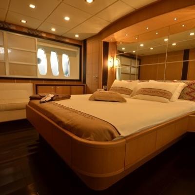 Sakura Yacht