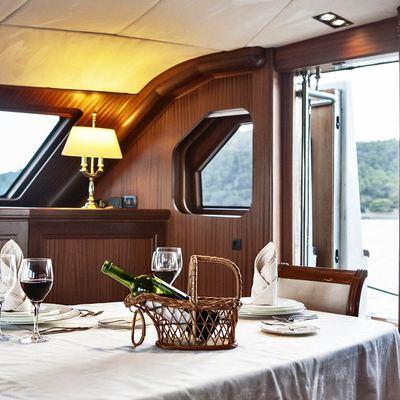 Aiglon Yacht Dining Table