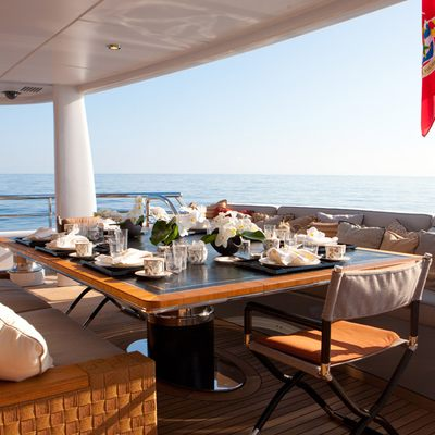 April Yacht Main Deck Aft Dining