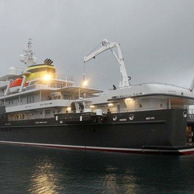 Yersin Yacht