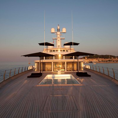 Air Yacht Foredeck