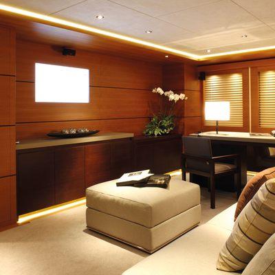 Zaliv III Yacht Office