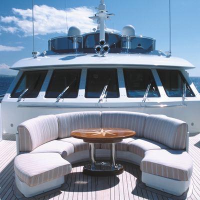 Alexandra Yacht Circular Seating