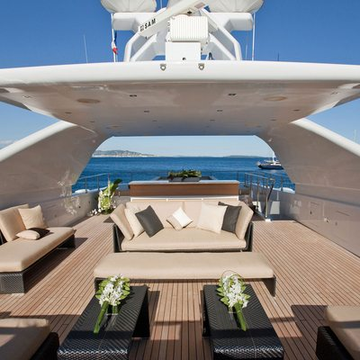 Seven S Yacht Sundeck