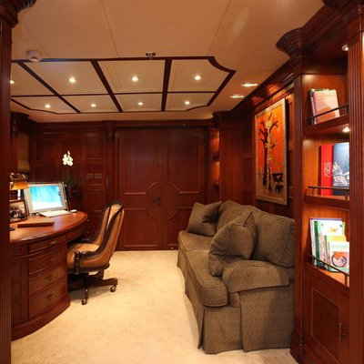 Nomad Yacht Master Office