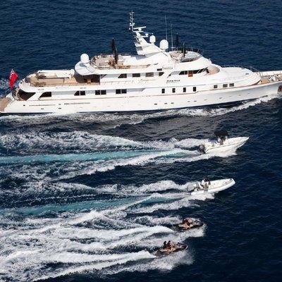 Shake N Bake TBD Yacht Running Shot - Tenders Alongside