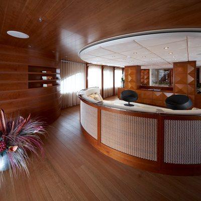 Northlander Yacht Salon