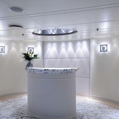Elegant 007 Yacht Lobby