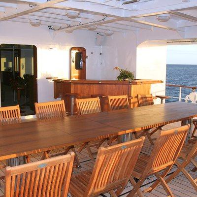 Hanse Explorer Yacht Exterior Dining