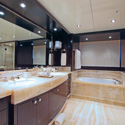 Carpe Diem Yacht VIP Bathroom