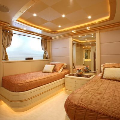Platinum Yacht Red Twin Stateroom