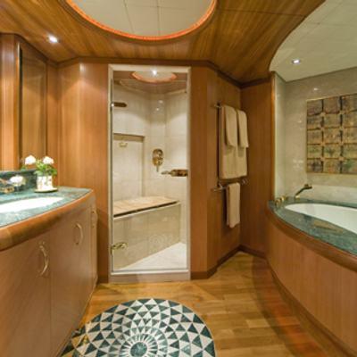 Solaia Yacht Master Bathroom