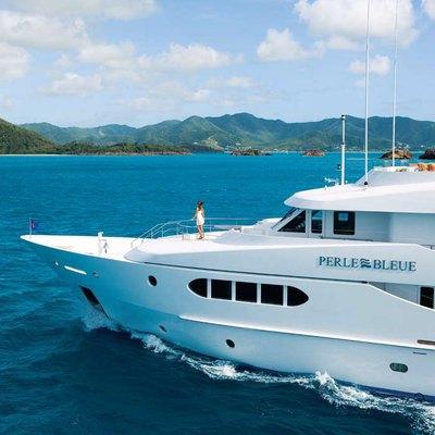 Perle Bleue Yacht Bow