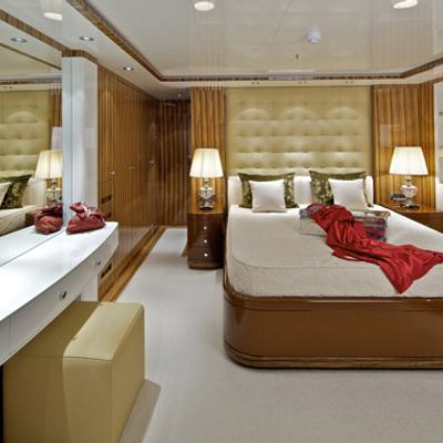 Mia Rama Yacht Red Guest Stateroom - View