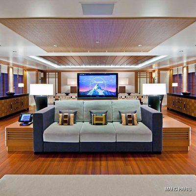 Mary-Jean II Yacht Salon