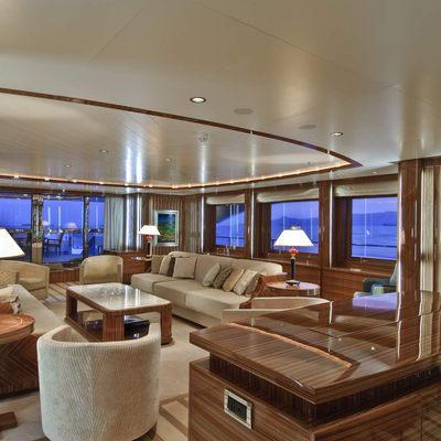 O'Neiro Yacht Main Salon