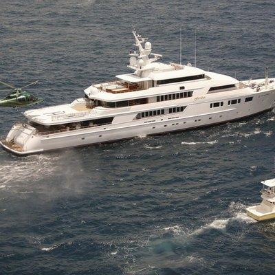 Nomad Yacht Running Shot - Tenders